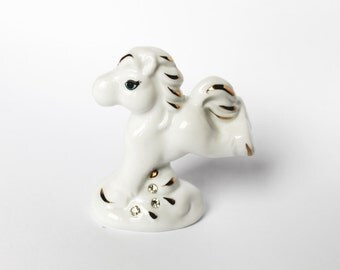 Horse sculpture Horse figurine Porcelain Horse statuette Ceramic horse figure Animal miniatures Horse miniature Collectible horses Christmas