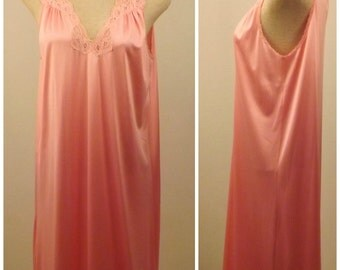 70s Vanity Fair Nightgown Sleeveless Dusty Rose Size S