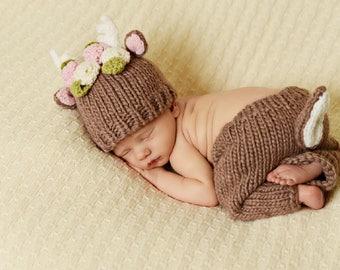 Hartley Deer with Flowers Newborn Hand Knit Set