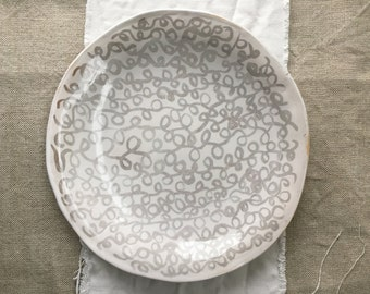 Shiny White Patterned Shallow, Serving Bowl, Plate