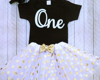 Black 1st birthday outfit - Black first birthday outfit - White tutu - White first birthday tutu - Black and white first birthday outfit