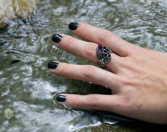 honeycomb amethyst silver ring . magic ring, druid jewelry, wiccan ring, raw amethyst, hive ring, fantasy jewelry, fairy ring, forest ring