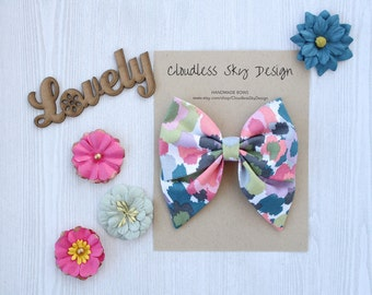 hair bow, classic bow, fabric hair bow, hair bow for girls, toddler hair bow, large hair bow, girls hair bows, sailor bow