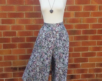Vintage Skort, Handmade Shorts, Handmade Skirt, Vintage Ladies Shorts, Floral Print, Floral Shorts