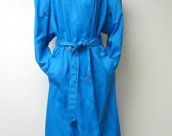 """Saxton Hall . 1980s color block long trench coat . size 15 / 16 . 48"""" bust"""