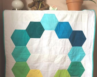 Baby Quilt Hexagons in Teal // Analogous Colors // Gender Neutral // Teal Aqua Green // Modern Crib Quilt