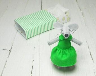 Baby shower gift newborn girl gift kids birthday felt mouse mouse plush stuffed animal emerald green felt animals set mouse in matchbox