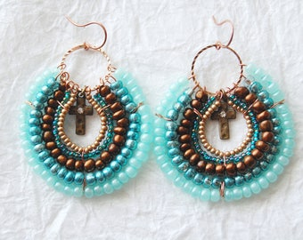 E04179 Tropolis Seed Bead Round Hoop Earrings