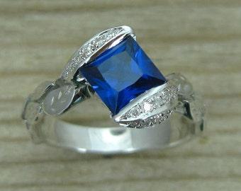 Sapphire Leaf Engagement Ring, Princess Sapphire Ring, Nature inspired Engagement Ring, Sapphire And Diamond Leaves Engagement Ring, 18k