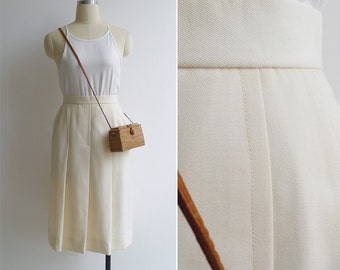 15% SALE (Code In Shop) - Vintage 70's Cream Wool A-Line Pleated Secretary Skirt XXS or Xs