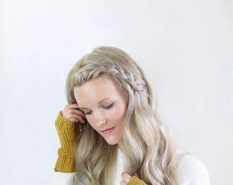 Mustard Knit Wrist Warmers Womens Gloves / Fall Fashion Autumn Mustard Knit Wrist Warmers Women Mitts / Mustard Knit Womens Accessory