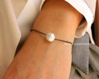 Minimal Suspended Pearl bracelet - 925 sterling silver rodium plated and natural freshwater pearls-minimal style