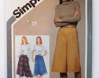 Simplicity 9798 Misses' Culottes Two Sizes 6-8 Sewing Pattern Print 1980 complete