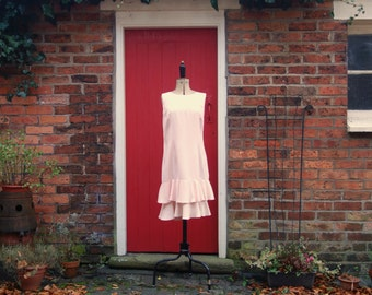80s Pretty in Pink dress / 1980s pale pink shift with ruffle hem / vintage prom dress by Francine Browner