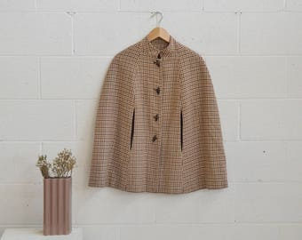 1970s Brown Plaid Checked Cape · 70s Brown Wool Cape · Wood Toggle Cape · 70s Capelet · 70s Wool Cape · 1970s Tweed Cape · Wool Plaid Top M