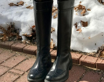 Vintage Black Leather Wing Tip Boots size 9
