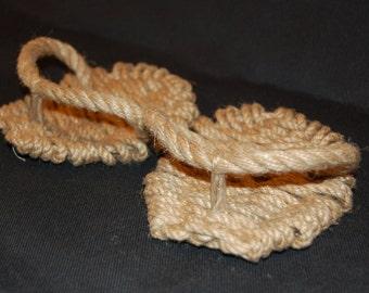 Ashinaka (ashi-naka) — sandals of japanese warrios