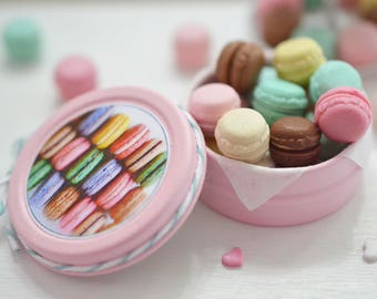 Sweet Petite Play Scale Kitschy Macaron Tin in Pink