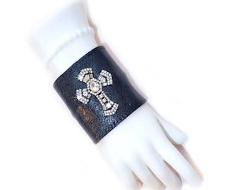 Leather | Women's Wallet | Wrist | Cuff | Wallet | Wrist Wallet | Black | Rhinestone Cross