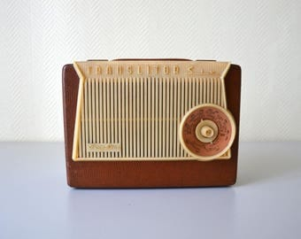Vintage radio transistor PIZON BROS Paris translitor 6 made in France / 50s 60s