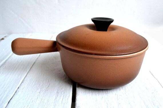Le Creuset Hazelnut Brown Cast Iron Pan Cooking Pot Saucepan