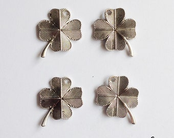 10 four leaf clover charms - SCC133