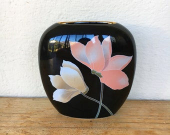 80s Japanese black floral vase ceramic gold gilt rim cyclamen flower vintage pink orchid small