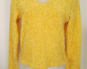 Vintage Fuzzy Yellow Sweater Size M Made USA #C5