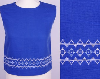 Vintage Blue Hand Embroidered 50s top XS/S // VTG Top Sleeveless Blue Rockabilly Fifties European