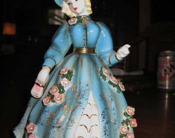 """Vintage Geo Z Lefton Southern Belle Lady Figurine 8"""" No. 102295 dated 1956 Excellent WITH GOLD TRIM"""