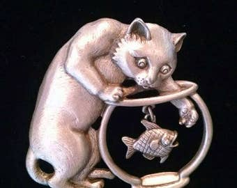 Very Cute Vintage JJ Brooch, Pin, of Kitty Cat Reaching Into The Fish Bowl For The Fish, with Moving Fish