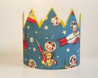 Vintage Rocket Ship Crown, Rocket Ship Birthday, Boys Birthday Crown, Photo Shoot Prop, Girls Vintage Crown, Astronaut Crown, Outerspace Hat