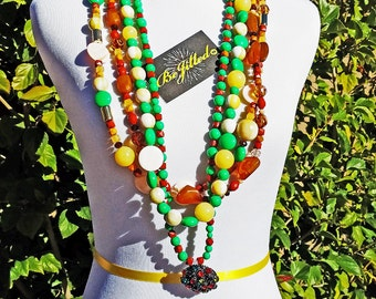 That Girl Necklace 1960s ~*