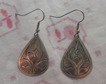Small Antique Silver Plated Teardrop Floral Drop Earrings