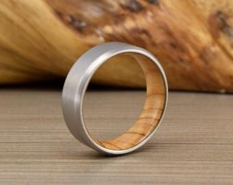 Titanium & Olive Wood Ring // Men's Wedding Ring // Men's Wedding Band // Women's Wedding Ring // Titanium Wood Ring // Unique Wedding Band