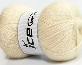 Angora Cream Ice Yarn, Off-White Angora Wool Yarn, Baby Yarn, Novelty Yarn, Sport Yarn, 546 yards, 35194