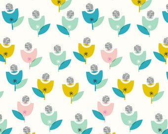 Spring Floral Print Cotton Quilting and Patchwork Fabric - Fat Quarter