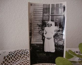 Vintage RED CROSS NURSE Photograph World War I era Nursing Picture Medical Memorabilia Scrapbooking Mixed Media Project Embellishment