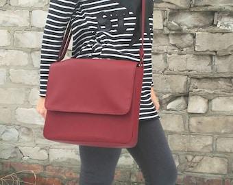 Messenger bag Laptop crossbody Personalized bag  Marsala vegan leather handbag Burgundy