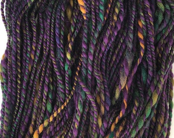 Handspun Bulky Yarn - Purple Variegated - Merino Wool Yarn - 2 ply - Free Shipping in the Continental US!!