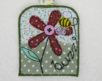 Flower and Bee Bag Tag/Key ring