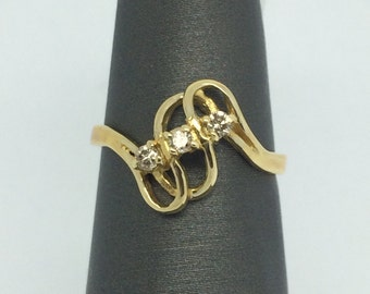14K Yellow Gold Swirl Diamond Ring