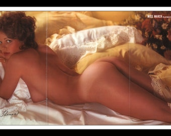"Mature Playboy March 1977 : Playmate Centerfold Nicki Thomas 3 Page Spread Photo Wall Art Decor 11"" x 23"""