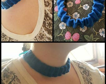 Choker necklace vintage Velvet collar