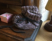 Reserved fir arianna Baby booties with wool and lace