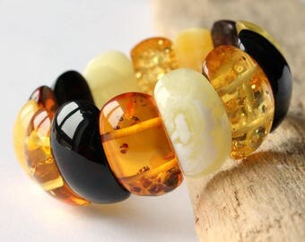Multicolor luxurious amber bracelet, massive natural amber beads, amber jewelry, natural Baltic amber, luxurious colorful amber bracelet