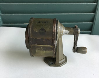 GIANT/APSCO Made in USA vintage pencil sharpener / VacuHold Woodgrain Manual Pencil Sharpener / Made in the U.S.A.