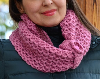 Infinity scarf women, pink scarf knitted, chunky cowl, winter scarf women, snood crochet, wool scarf, circle scarf, women gifts, neckwarmer