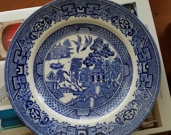 """Blue Willow plate // 9"""" plate // Chinoiserie // blue and white // made in England  // willow // Royal Venton Ware // John Stevenson and Sons"""