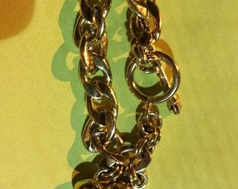 Juicy contour bracelet